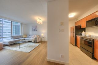 Photo 8: 807 1288 W GEORGIA Street in Vancouver: Downtown VW Condo for sale (Vancouver West)  : MLS®# R2219936