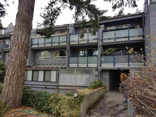 Photo 3: 203 2125 YORK Avenue in Vancouver: Kitsilano Condo for sale (Vancouver West)  : MLS®# R2224246