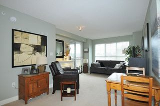 "Photo 2: 417 19673 MEADOW GARDENS WAY in Pitt Meadows: North Meadows PI Condo for sale in ""THE FAIRWAYS"" : MLS®# R2231988"