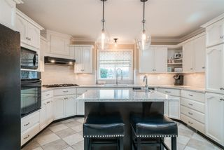 """Photo 7: 35983 STONERIDGE Place in Abbotsford: Abbotsford East House for sale in """"Mountain Village"""" : MLS®# R2236228"""