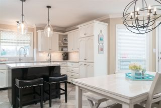 """Photo 6: 35983 STONERIDGE Place in Abbotsford: Abbotsford East House for sale in """"Mountain Village"""" : MLS®# R2236228"""
