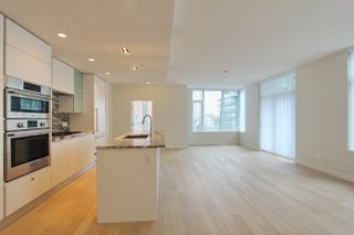 Photo 5: 309 2565 MAPLE Street in Vancouver: Kitsilano Condo for sale (Vancouver West)  : MLS®# R2245205