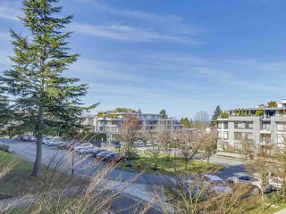 "Photo 11: 301 5958 IONA Drive in Vancouver: University VW Condo for sale in ""ARGYLL HOUSE EAST"" (Vancouver West)  : MLS®# R2247322"