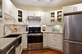 "Photo 4: 207 15155 22 Avenue in Surrey: Sunnyside Park Surrey Condo for sale in ""VILLA PACIFIC"" (South Surrey White Rock)  : MLS®# R2253156"