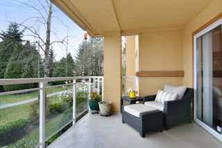 "Photo 12: 207 15155 22 Avenue in Surrey: Sunnyside Park Surrey Condo for sale in ""VILLA PACIFIC"" (South Surrey White Rock)  : MLS®# R2253156"
