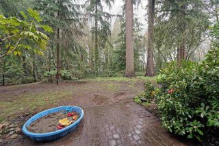 """Photo 15: 859 WESTVIEW Crescent in North Vancouver: Upper Lonsdale Condo for sale in """"Cypress Gardens"""" : MLS®# R2255255"""