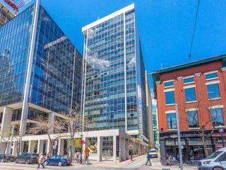 Photo 1: 30 Wellington St E Unit #203 in Toronto: Church-Yonge Corridor Condo for sale (Toronto C08)  : MLS®# C4083782