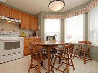 Photo 9: 63 Salmon Crt in VICTORIA: VR Glentana Manufactured Home for sale (View Royal)  : MLS®# 783796