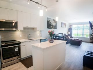 "Photo 4: 315 828 GAUTHIER Avenue in Coquitlam: Central Coquitlam Condo for sale in ""CRISTALLO"" : MLS®# R2277065"