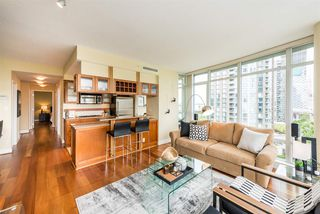 """Photo 4: 1601 1483 HOMER Street in Vancouver: Yaletown Condo for sale in """"WATERFORD"""" (Vancouver West)  : MLS®# R2280421"""