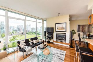 """Photo 2: 1601 1483 HOMER Street in Vancouver: Yaletown Condo for sale in """"WATERFORD"""" (Vancouver West)  : MLS®# R2280421"""