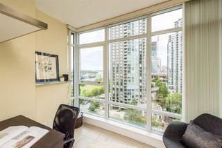 """Photo 15: 1601 1483 HOMER Street in Vancouver: Yaletown Condo for sale in """"WATERFORD"""" (Vancouver West)  : MLS®# R2280421"""