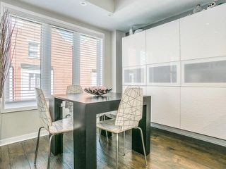 Photo 7: 6 23 Frances Loring Lane in Toronto: South Riverdale Condo for sale (Toronto E01)  : MLS®# E4173806