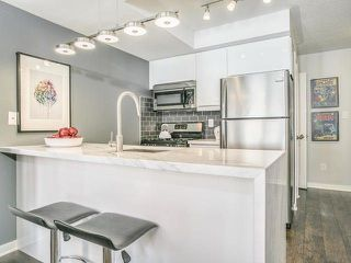 Photo 1: 6 23 Frances Loring Lane in Toronto: South Riverdale Condo for sale (Toronto E01)  : MLS®# E4173806