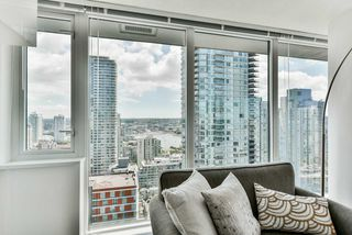 "Photo 8: 2306 1325 ROLSTON Street in Vancouver: Downtown VW Condo for sale in ""THE ROLSTON"" (Vancouver West)  : MLS®# R2284735"