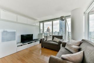 "Photo 7: 2306 1325 ROLSTON Street in Vancouver: Downtown VW Condo for sale in ""THE ROLSTON"" (Vancouver West)  : MLS®# R2284735"