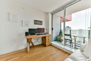 "Photo 12: 2306 1325 ROLSTON Street in Vancouver: Downtown VW Condo for sale in ""THE ROLSTON"" (Vancouver West)  : MLS®# R2284735"