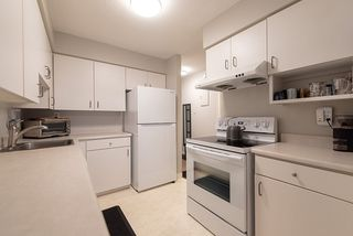 "Photo 10: 305 8770 LAUREL Street in Vancouver: Marpole Condo for sale in ""Villa Marine"" (Vancouver West)  : MLS®# R2319641"