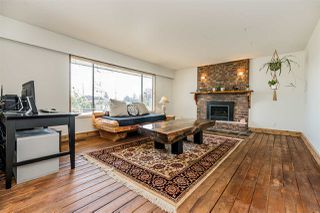 "Photo 2: 2055 MAJESTIC Crescent in Abbotsford: Abbotsford West House for sale in ""Mill Lake Area"" : MLS®# R2328020"