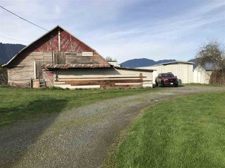 Photo 3: 41751 Sinclair Road in Chilliwack: House for sale (Sardis)  : MLS®# R2331632