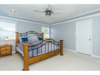 """Photo 11: 6315 166 Street in Surrey: Cloverdale BC House for sale in """"Clover Ridge"""" (Cloverdale)  : MLS®# R2332477"""