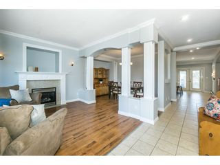 """Photo 2: 6315 166 Street in Surrey: Cloverdale BC House for sale in """"Clover Ridge"""" (Cloverdale)  : MLS®# R2332477"""