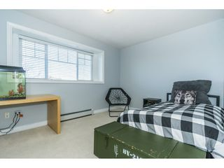 """Photo 14: 6315 166 Street in Surrey: Cloverdale BC House for sale in """"Clover Ridge"""" (Cloverdale)  : MLS®# R2332477"""