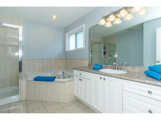 """Photo 12: 6315 166 Street in Surrey: Cloverdale BC House for sale in """"Clover Ridge"""" (Cloverdale)  : MLS®# R2332477"""