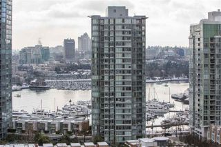 "Main Photo: 2010 939 EXPO Boulevard in Vancouver: Yaletown Condo for sale in ""Max II"" (Vancouver West)  : MLS®# R2339686"