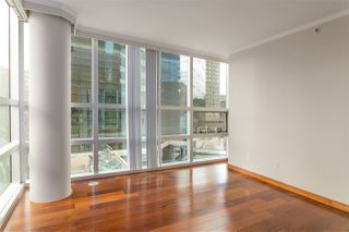 "Photo 10: 503 1050 BURRARD Street in Vancouver: Downtown VW Condo for sale in ""WALL CENTRE"" (Vancouver West)  : MLS®# R2348358"