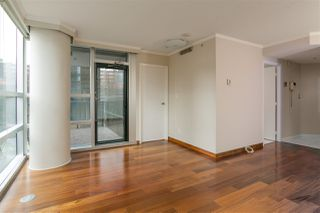 "Photo 4: 503 1050 BURRARD Street in Vancouver: Downtown VW Condo for sale in ""WALL CENTRE"" (Vancouver West)  : MLS®# R2348358"