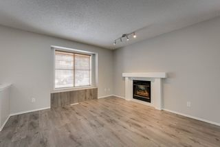 Photo 4: 2071 TANNER Wynd in Edmonton: Zone 14 House for sale : MLS®# E4147327