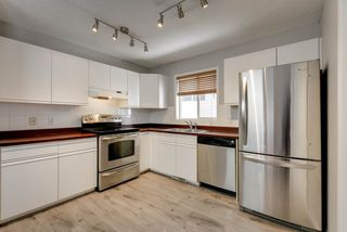 Photo 8: 2071 TANNER Wynd in Edmonton: Zone 14 House for sale : MLS®# E4147327