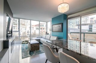 "Photo 7: 306 1067 MARINASIDE Crescent in Vancouver: Yaletown Condo for sale in ""QUAY WEST"" (Vancouver West)  : MLS®# R2353564"