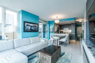 "Photo 10: 306 1067 MARINASIDE Crescent in Vancouver: Yaletown Condo for sale in ""QUAY WEST"" (Vancouver West)  : MLS®# R2353564"