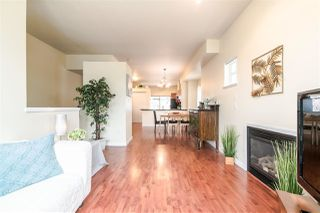 "Photo 3: 4 935 EWEN Avenue in New Westminster: Queensborough Townhouse for sale in ""COOPERS LANDING"" : MLS®# R2355621"