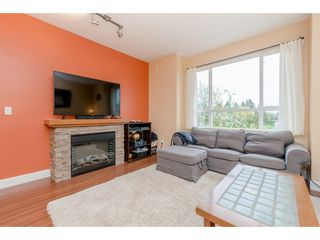 """Photo 6: 65 7088 191 Street in Surrey: Clayton Townhouse for sale in """"Montana"""" (Cloverdale)  : MLS®# R2357208"""