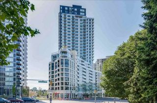"Photo 3: 719 5470 ORMIDALE Street in Vancouver: Collingwood VE Condo for sale in ""WALL CENTRE III"" (Vancouver East)  : MLS®# R2357970"