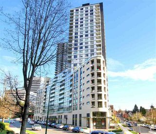 "Photo 8: 719 5470 ORMIDALE Street in Vancouver: Collingwood VE Condo for sale in ""WALL CENTRE III"" (Vancouver East)  : MLS®# R2357970"