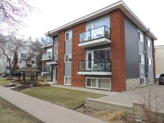 Photo 3: 2 8304 107 Street in Edmonton: Zone 15 Condo for sale : MLS®# E4154157