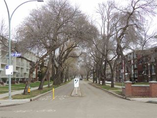 Photo 18: 2 8304 107 Street in Edmonton: Zone 15 Condo for sale : MLS®# E4154157