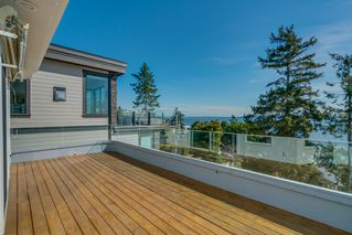 "Photo 21: 14837 PROSPECT Avenue: White Rock House for sale in ""WHITE ROCK"" (South Surrey White Rock)  : MLS®# R2365629"