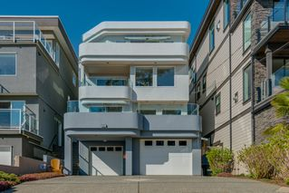 "Photo 47: 14837 PROSPECT Avenue: White Rock House for sale in ""WHITE ROCK"" (South Surrey White Rock)  : MLS®# R2365629"