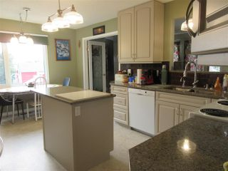 Photo 4: 1507 195 Avenue in Edmonton: Zone 51 House for sale : MLS®# E4155036