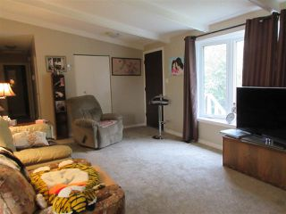 Photo 7: 1507 195 Avenue in Edmonton: Zone 51 House for sale : MLS®# E4155036