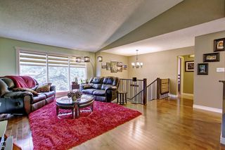 Photo 6: 6627 COACH HILL Road SW in Calgary: Coach Hill Detached for sale : MLS®# C4245453