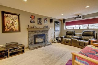 Photo 12: 6627 COACH HILL Road SW in Calgary: Coach Hill Detached for sale : MLS®# C4245453