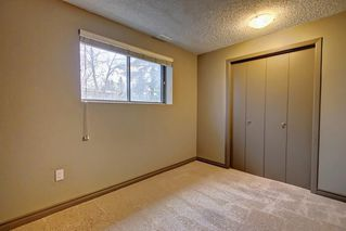 Photo 15: 6627 COACH HILL Road SW in Calgary: Coach Hill Detached for sale : MLS®# C4245453