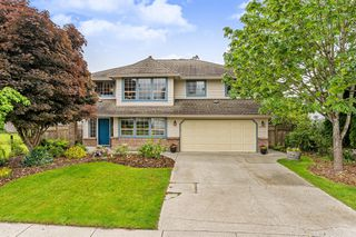 Photo 1: 12245 233 Street in Maple Ridge: East Central House for sale : MLS®# R2376318