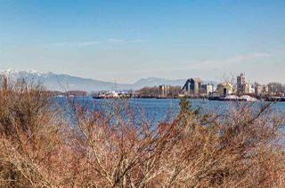 "Photo 18: 204 14300 RIVERPORT Way in Richmond: East Richmond Condo for sale in ""Waterstone Pier"" : MLS®# R2376463"